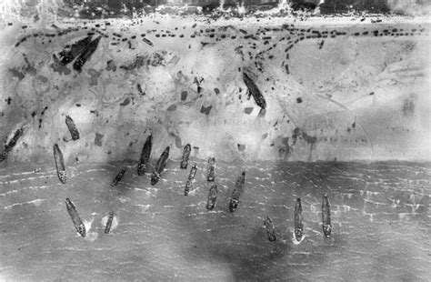 Laurent Day View chaos of d day revealed by newly released raf