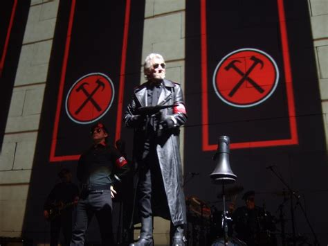 roger waters the wall live 2011 103