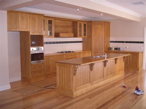 timber kitchen cabinets timber kitchen double click to enlarge so good cabinets