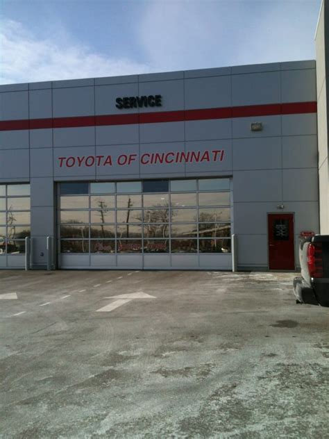 Toyota Of Cincinnati Joseph Toyota Of Cincinnati 18 Reviews Car Dealers