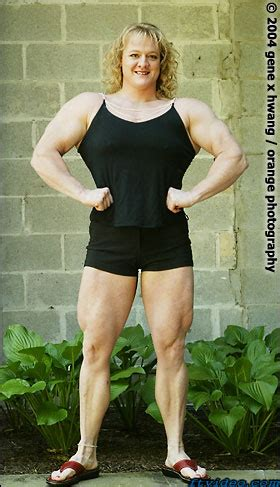 becca swanson benches 551 lbs dont mess with her