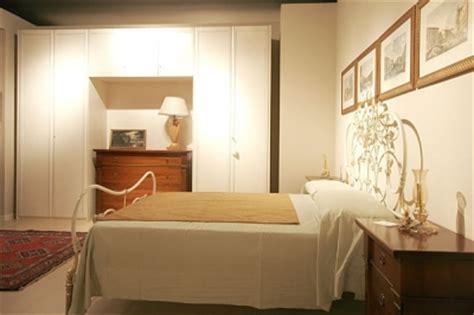 letto incassato nell armadio camere da letto in umbria camere classiche e moderne in