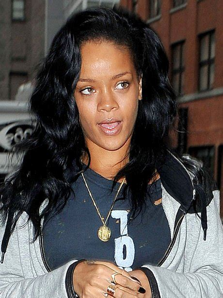 celebrity capital definition rihanna without make up pop stars with and without make