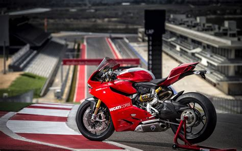 2013 ducati superbike 1199 panigale r wallpapers hd