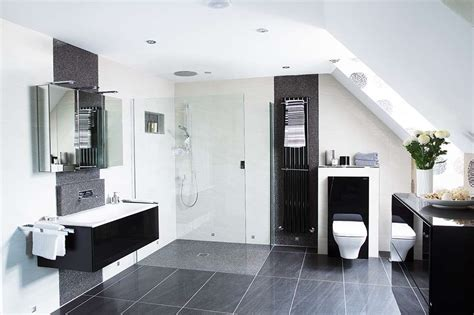 Bathroom decorating ideas: high tech bathroom