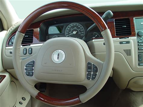 lincoln town car steering wheel 2003 lincoln town car reviews and rating motor trend