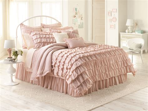 chic peek introducing my kohl s bedding collection lauren conrad
