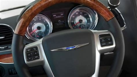 Chrysler Town And Country Interior by 2016 Chrysler Town And Country Interior Hebert S Town