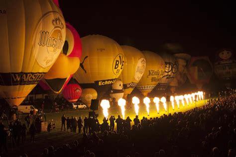 warsteiner brauerei haus cramer kg warsteiner internationale montgolfiade 2015 massenstart