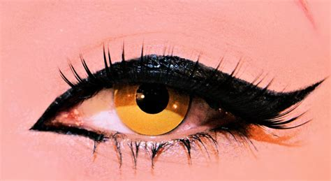 Valege Eye Shadow Brown Yellow yellow contacts compared to brown