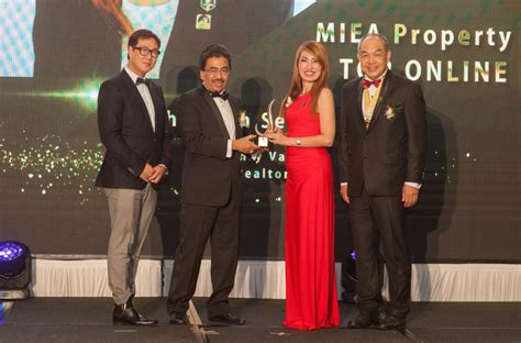 miea set by alya rea malaysian real estate fraternity s finest feted at gala dinner