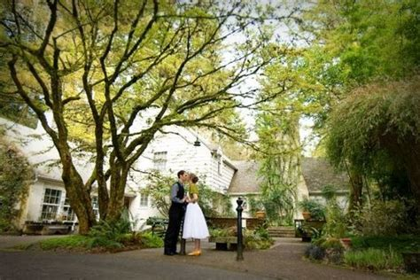 Leach Botanical Garden :: Weddings & Rentals SE Portland