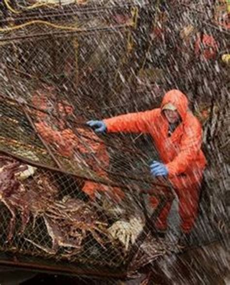 the hunt for snow crabs deadliest catch discovery deadliest catch season premiere tonight preview videos of