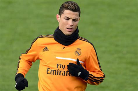 Sweater Real Madrid 001 cristiano ronaldo agrees to buy cars for athletic