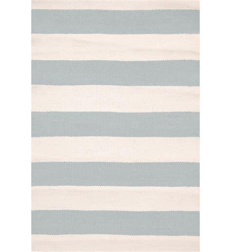 teppich blau weiß gestreift outdoor teppich catamaran hellblau gestreift im greenbop