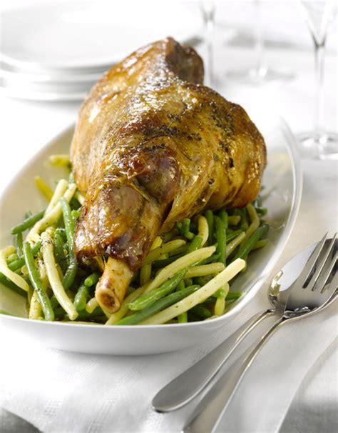 cuisiner les restes de gigot d agneau gigot d agneau persill 233 recettes 224 table