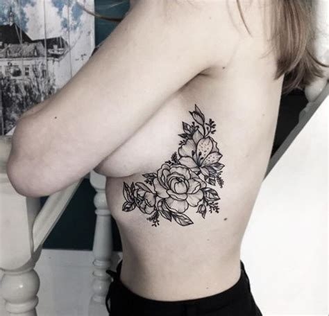 tattoo on ribs tips best 25 flower rib tattoos ideas on pinterest pretty