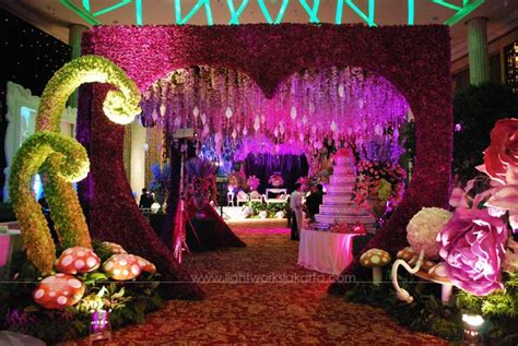 themes and motifs in alice s stories alice in wonderland prom decorations some modern