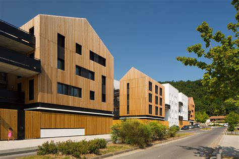 community housing aquitanis community housing marjan hessamfar joe v 233 rons architectes archdaily