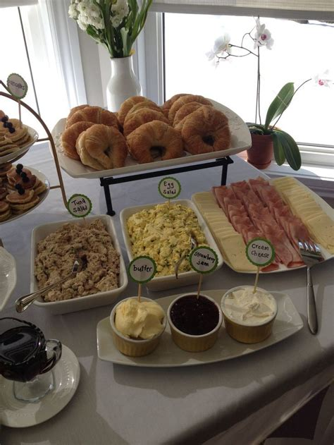 Brunch Finger Foods For Baby Shower by 25 Best Ideas About Baby Shower Menu On Baby