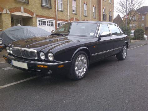 Xj8 Wedding Car by Daimler Wedding Car Wedding Car Hire In Nottingham