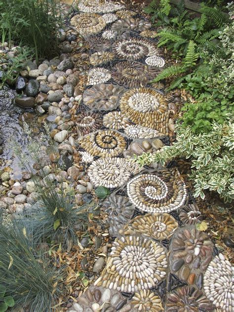 Mosaic Ideas For Garden Mosaic Garden Design At Harrogate Flower Show Creative Craft And Artisan Courses And Workshops