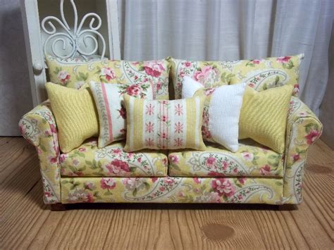 shabby chic loveseats fashion dolls at van s doll treasures the shabby chic