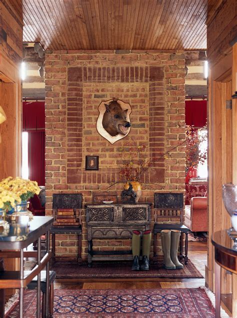 hunting lodge decor Home Office Traditional with animal