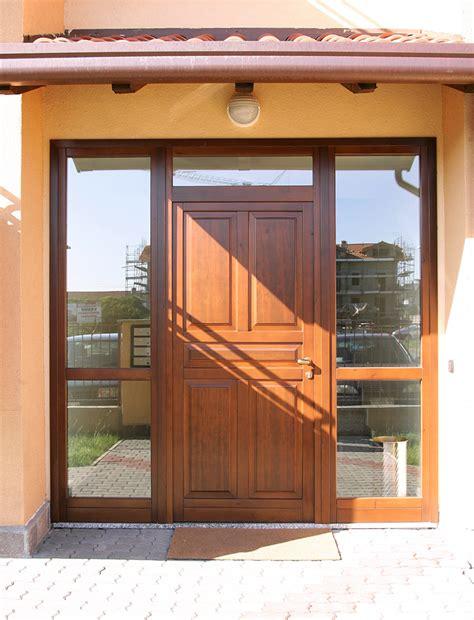 porte d ingresso con vetro portoncini ingresso legno e vetro rn96 187 regardsdefemmes