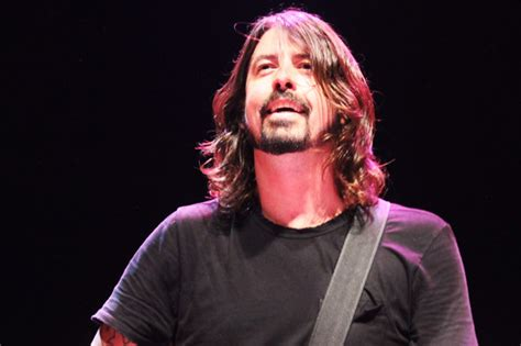 foo richmond foo fighters agree to play crowd funded concert in richmond