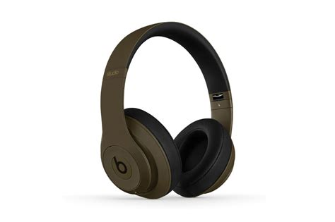 Headphone X Tech undefeated x beats by dre studio headphones hypebeast
