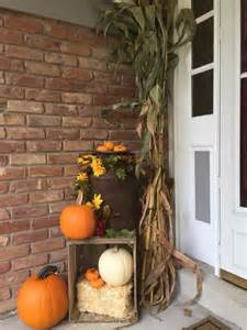 Front Porch Fall Decorating Ideas - rustic chic 27 corn husks d 233 cor ideas for fall shelterness
