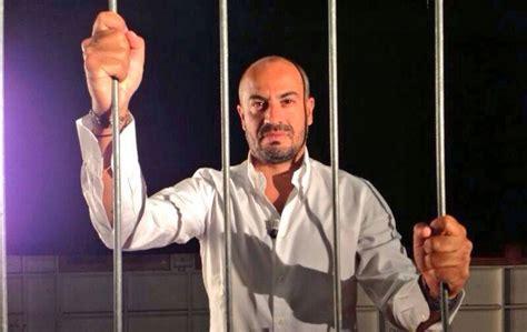 trasmissione la gabbia mercato libero la gabbia di paragone peggio di santoro