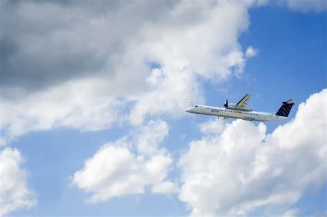 porter airlines bombardier dash  fleet editorial photo