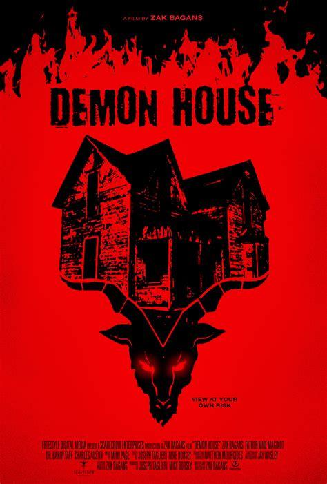 demon house zak bagans view zak bagans demon house trailer at your own risk dread central