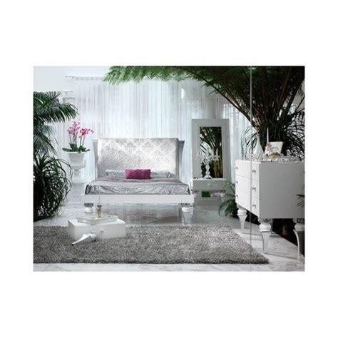magnus white and silver leaf bedroom set