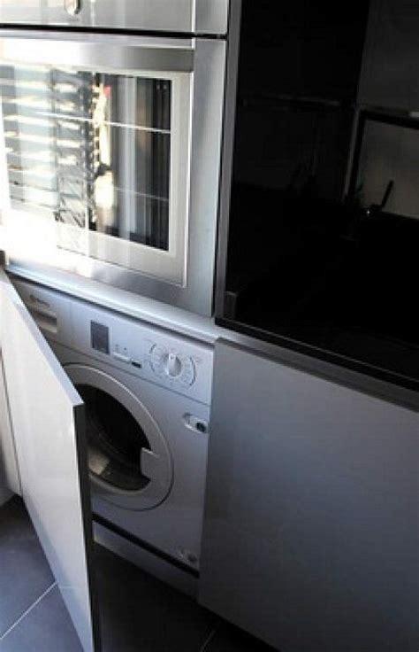 columna cocina lavadora horno microondas en
