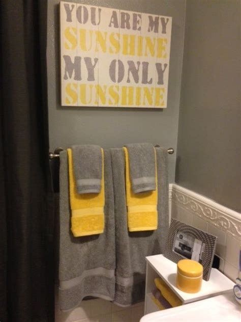 gray and yellow bathroom decor best 25 yellow gray bathrooms ideas on pinterest diy