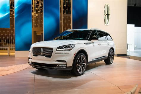 Ford Lincoln Navigator 2020 by 2020 Lincoln Navigator Review Debut Price Interior
