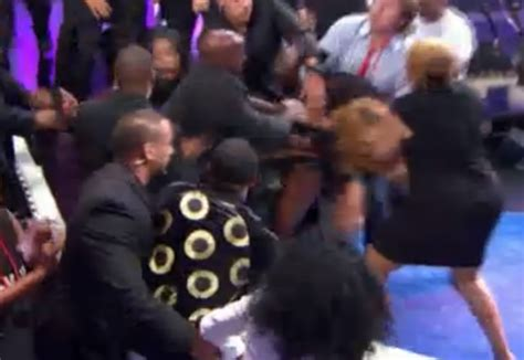 Love And Hip Hop Atlanta Reunion Fight And Twitter Drama | love hip hop atlanta fight video the hollywood gossip