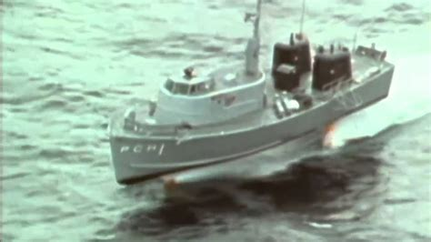 hydrofoil boat youtube the fastest ship in the us navy boeing pegasus hydrofoil