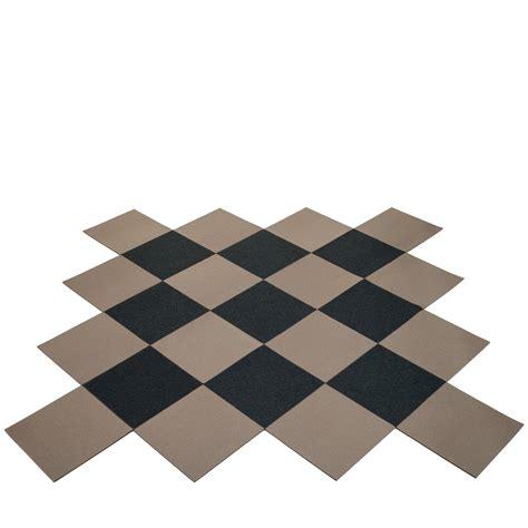 teppich aus filz hey sign teppich offenes car 233 e aus quadratischen filz fliesen