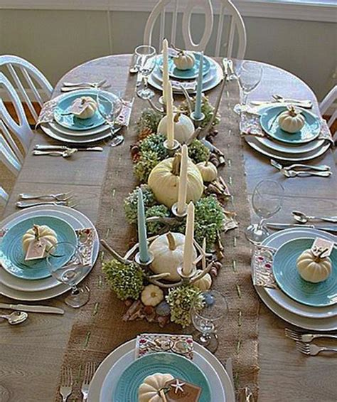 bright  festive ideas  thanksgiving table decorating