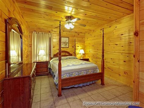gatlinburg cabin nature s 6 bedroom sleeps 20