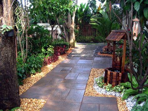Small Home Garden Designs Small Home Landscaping Small Garden Ideas Photos