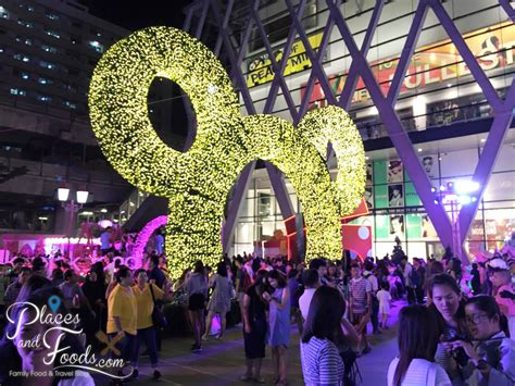 central world christmas decorations 2015