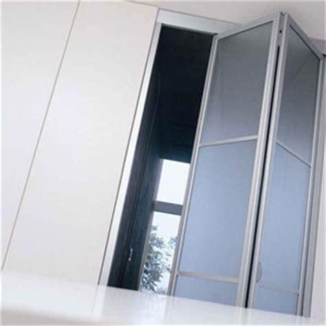 porte in plexiglass scorrevoli porte scorrevoli e porte pieghevoli