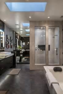 modern master bathrooms 25 best ideas about modern master bathroom on