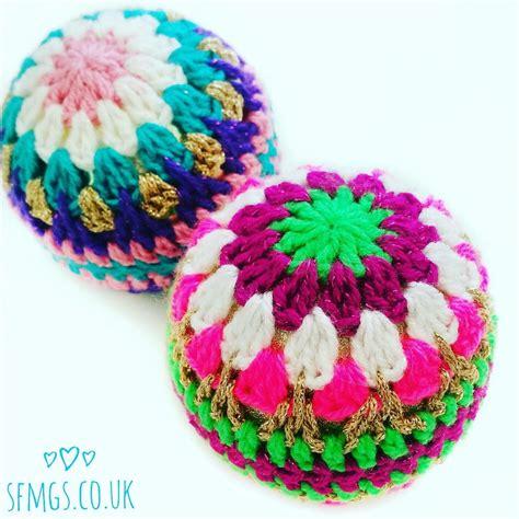 crochet christmas bauble decorations favecrafts com