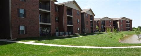Webb City Apartments Joplin Mo The Plaza Of Webb City Rentals Webb City Mo